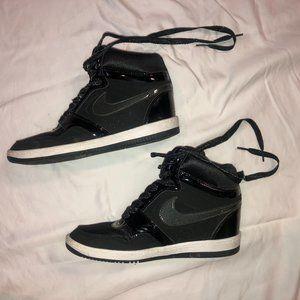 Nike Air Force 1 Wedged High-Tops Black Sneakers